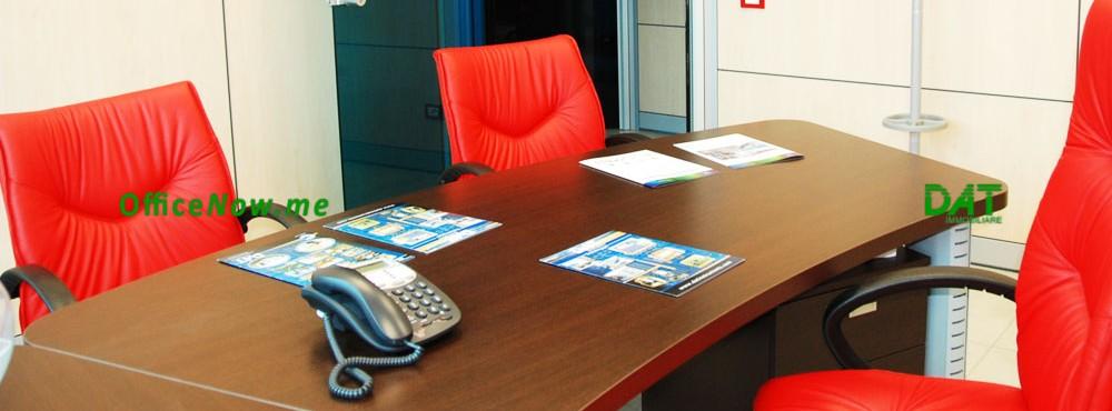 OfficeNow, uffici a tempo malpensa, uffici temporanei malpensa. Gli uffici sono già arredati, con scrivania, sedia, 2 sedie ospiti, cassettiera, ante a parete per archivio.