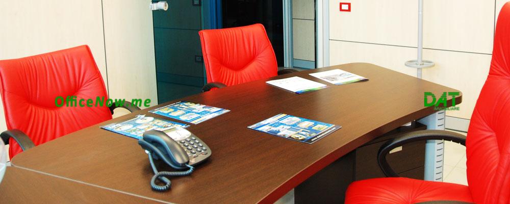 OfficeNow, uffici a tempo malpensa, uffici arredati malpensa. Gli uffici sono già arredati, con scrivania presidenziale, sedia presidenziale, sedie ospiti, cassettiera, ante a parete per archivio.